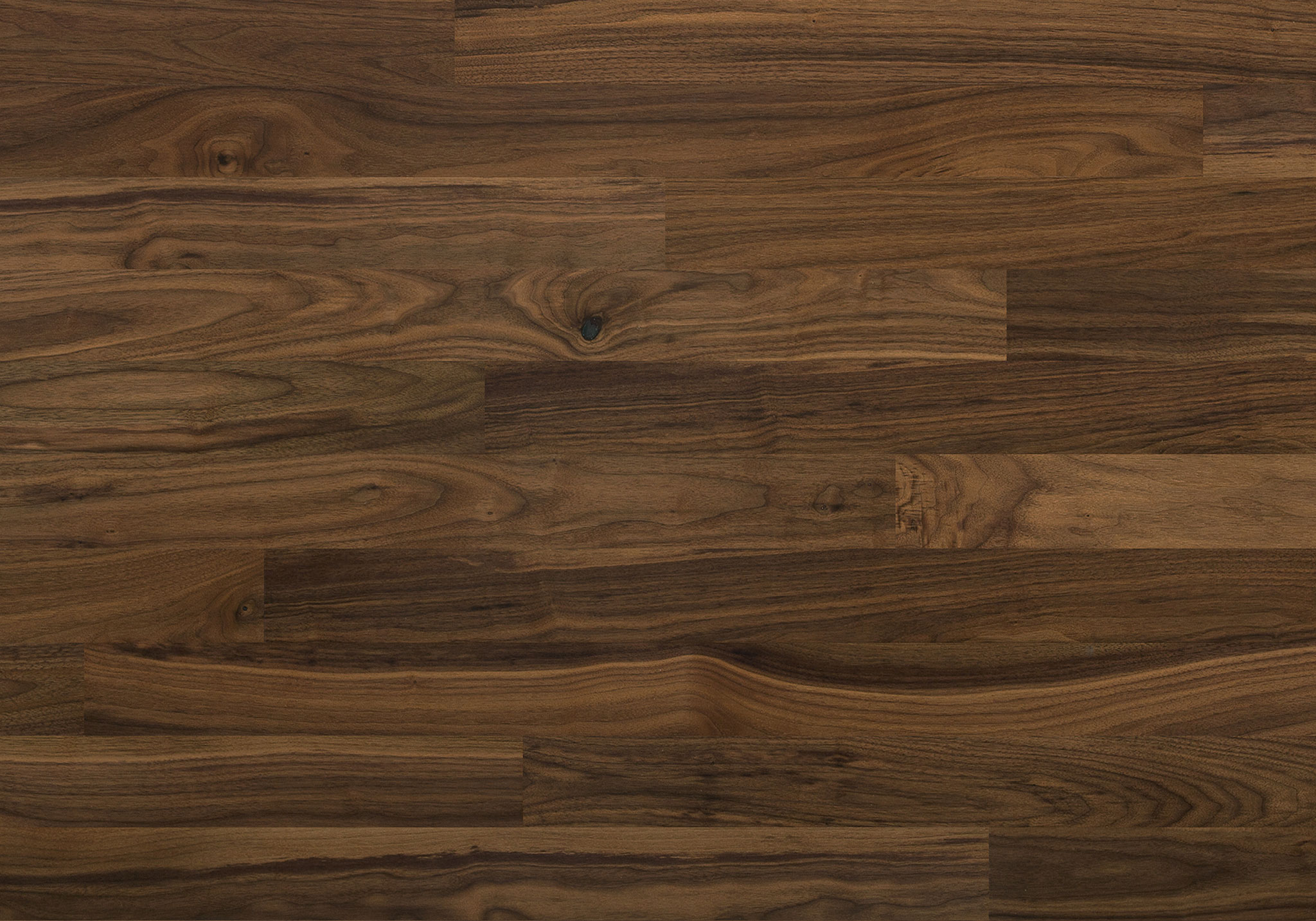 Natural ambiance black walnut exclusive lauzon for Planche de bois noir